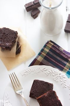 Paleo Brownies | Lexi's Clean Kitchen