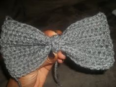 I just did this!! yay!!  crochet bows pattern