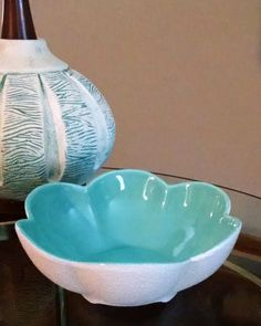 Royal Haeger Turquoise and Textured White Petal Bowl 343  Mid Century Modern Atomic Design Footed Lotus Bowl - Vintage by ClassyVintageGlass on Etsy