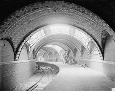 New York, City Hall Subway Station in 1902