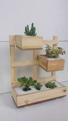 Vertical Garden Planters, Wooden Planters, Planter Boxes, Wooden Pallet Shelves, Wooden Pallets, Diy Wood Box, Wooden Diy, Wooden Crafts, House Plants Decor