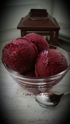 Gelato, Cassis Recipe, Desserts Printemps, Cake Recipes, Dessert Recipes, Frozen Yoghurt, Ice Cream Maker, Frozen Treats, Pie Cake