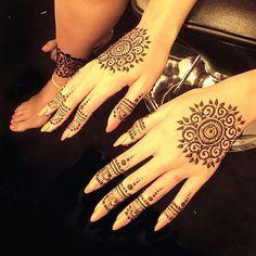 monakattan: Loving @beyonce Henna!!