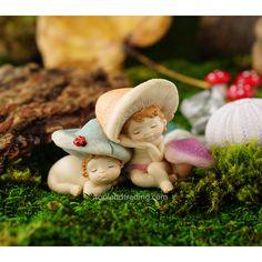 SHROOMIES SLEEPING - Miniature Expressions