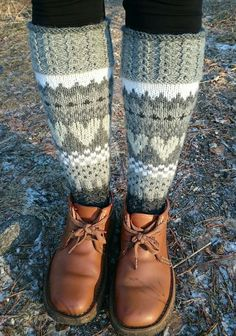 Knitting Socks, Hand Knitting, Boot Toppers, Knee Socks, Knitted Bags, Mittens, Knit Crochet, Crochet Patterns, Slippers