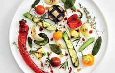 Alain+Passard,+the+visionary+chef+of+the+Michelin-starred+Paris+restaurant+L'Arpège,+rules+both+farm+and+table.+He+shares+his+secrets+for+celebrating+summer+on+the+plate.