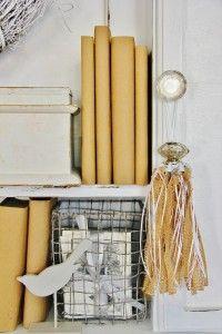 How to Make a Burlap Tassel  www.thistlewoodfarms.com