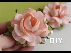 Plastic Flowers, Felt Flowers, Diy Flowers, Fabric Flowers, Foam Crafts, Craft Stick Crafts, Paper Cutting Patterns, Flower Video, Gum Paste Flowers