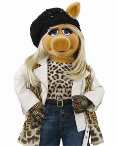 Miss Piggy - LOVE her style!!!: