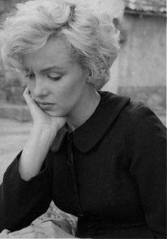 Marilyn Monroe ~ Photographed