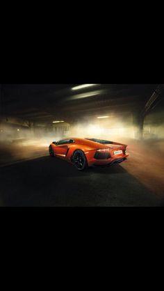 Amazing Scene - Orange Lamborghini Aventador