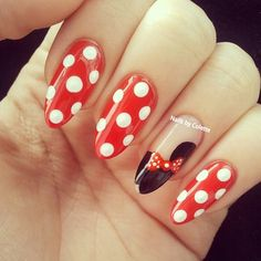 Cute Minnie Mouse Nails Would be lovely for Halloween Disney Gel Nails, Mickey Nails, Minnie Mouse Nails, Disney Nail Designs, Latest Nail Designs, Nail Polish Designs, Fancy Nails, Cute Nails, Pretty Nails