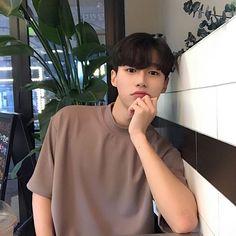 Kim Min, Lee Min Ho, Asian Boys, Asian Men, N Girls, Tumblr Boys, Ulzzang Boy, Korean Men, Cute Boys