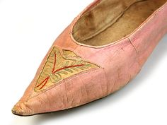 Tambour-embroidered pointed flat shoes. France c. 1790-1805