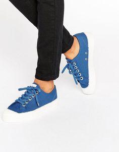 0e2972e013c8 NOVESTA STAR MASTER CLASSIC SNEAKERS IN AZURE - BLUE.  novesta  shoes    Womens
