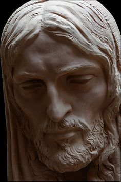 NOTICIAS... SANTIAGO NUEVO Portrait Sculpture, Jesus Artwork, Sculpture Art, Cemetery Art, Statue, Sculpture, Art, Portrait, Wood Carving Art