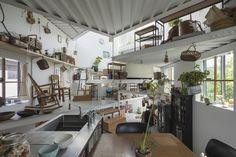 Tato Architects multi level design architecture home living Green Architecture, Contemporary Architecture, Architecture Design, Declutter Home, Level Homes, Architect House, Japanese House, House Made, Interiores Design