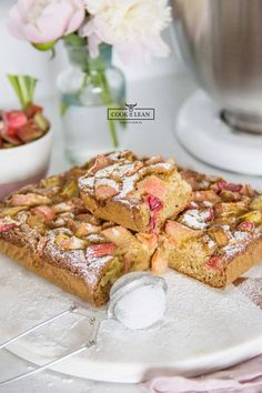 Kokosowe ciasto z rabarbarem - Cook it Lean - sprawdzone paleo przepisy Dessert Recipes, Desserts, Paleo Przepisy, Vegan Vegetarian, Sugar Free, French Toast, Clean Eating, It, Cooking Recipes