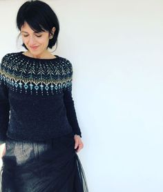 Ravelry: Hinterland pattern by Jennifer Steingass Source by clothes modest Fair Isle Knitting Patterns, Knitting Machine Patterns, Knitting Ideas, Knitting Projects, Icelandic Sweaters, Knit Fashion, Fashion Fashion, Knitting For Beginners, Modest Fashion