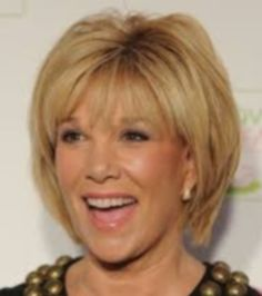 Hairstyles for Women Over 50 with Oblong Face, Haircuts for Oblong Shaped Face