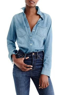 If you're looking to try some of the chicest spring trends, consider this advice from a French girl on the looks she will and won't wear this season. Denim Outfits, Mom Outfits, Simple Outfits, Stylish Outfits, Girly Outfits, Preppy Outfits, Moschino, J Crew, California Outfits