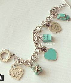 super Ideas jewerly tiffany and co rings charm bracelets Tiffany Jewelry, Tiffany Bracelets, Opal Jewelry, Stone Jewelry, Tiffany Necklace, Charm Bracelets, Azul Tiffany, Tiffany Blue, Cute Jewelry