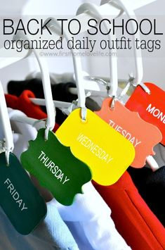 School mornings just got a whole lot easier by taking the guess work out of what to wear! Make these easy DIY daily school outfit tags and you'll be set! #backtoschool #organization #silhouette