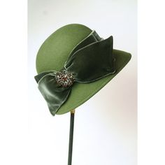 Loden Cloche Broche