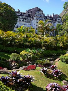 Quitandinha - Petrópolis - Hotel - Cassino - Condomínio - Rio de Janeiro - Brasil - Brazil Best Places To Travel, Cool Places To Visit, Places To Go, Wonderful Places, Great Places, Beautiful Places, Brasil Travel, Rio Brazil, Romantic Destinations