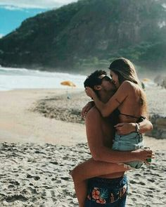 Vai se relationship goals photography poses for men, relationship goals Cute Couples Goals, Couples In Love, Romantic Couples, Love Couple, Beach Photography Poses, Couple Photography, Animal Photography, Photography Ideas, Portrait Photography