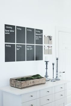 Chalk paint, A4-size spaces, Monday-Sunday. Easy and stylish home organiser