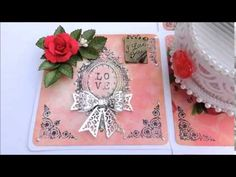 A Musical Box Card  with a rotating piano and music playing : Site has tutorial link