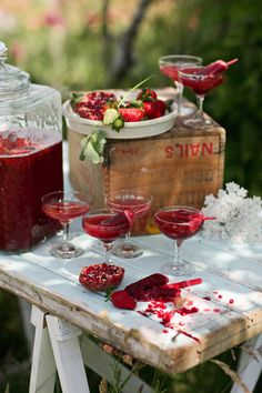 Cocktail Friday - Pomegranate Punch with Strawberry Ice Blocks