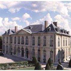 The mansion that now houses the Musée Rodin was built in the Rue de Varenne, Paris, between 1727 and 1737, for the wealthy financier Abraham Peyrenc de Moras (1686-1732).