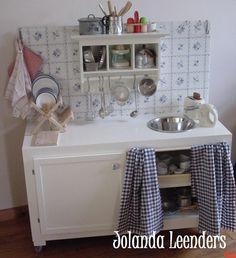 Knutsels van Jolanda Kinder keukentje