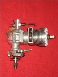 VINTAGE 1948 ORR TORNADO 65 GAS SPARK IGNITION AIRPLANE ENGINE