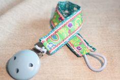 Schnullerkette selbst genäht von DIY Eule: https://www.facebook.com/DIYeule #Schnullerkette #Nuckel #Baby #DIYeule #naehen
