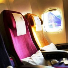What is your seat preference?  a) window seat  b) aisle seat  #ThaiAirways  Photo Credit: Instagram @mrkatop