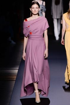 Vionnet Fall 2016 Ready-to-Wear Fashion Show