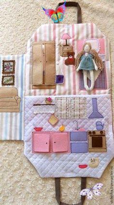 Kumaş Oyuncak Modelleri - Mimuu.com  <br> 100 den fazla model var galeride. Erkek çocuklarınız ve kız çocuklarınız için yapacağınız oyuncaklarda sizlere fikir verecek modeller. Kumaş oyuncak Fabric Toys, Fabric Crafts, Sewing Crafts, Sewing Projects, Diy Projects, Fabric Houses, Sewing For Kids, Diy For Kids, Crafts For Kids