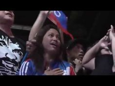 Manny Pacquiao fans in Las Vegas sing filipino national anthem | Floyd M...