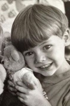 """""""Tell me, Alyssa, what should I do with you?"""" I smiled a grin."""" # 11 # 4 at . Harry Styles Baby, Harry Styles Lindo, Fetus Harry Styles, Harry Styles Fotos, Harry Styles Mode, Harry Styles Pictures, Harry Edward Styles, Larry Stylinson, Harry Styles Smile"""