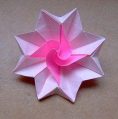 origami facile fleur etoile en papier rose