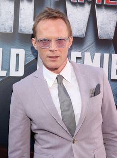 Last night, Marvel Studios held the Captain America: Civil War premiere in Hollywood and we now have over 200 photos from the event! Marvel Actors, Marvel Heroes, Marvel Vision, Black Widow Winter Soldier, Paul Bettany, Avengers Cast, Wanda And Vision, Man Thing Marvel, Captain America Civil War