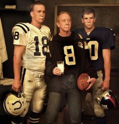 The Manning boys. Father Archie, sons Peyton and Eli all NFL quarterback Nfl Football Players, Denver Broncos Football, Football Love, Sport Football, Nfl Colts, Giants Football, Vintage Football, College Football, American Sports