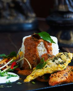 Bindia - chicken platter an indian food dish