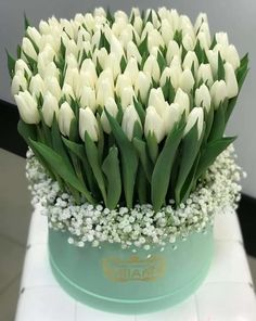 Немного нежности.... | OK.RU Beautiful Bouquet Of Flowers, Tulips Flowers, All Flowers, Flowers Garden, Beautiful Roses, White Flowers, Beautiful Flowers, Spring Flowers, Flower Box Gift
