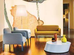 salon design avec canapé 2 places et fauteuils JOIN SMALL par La Cividina
