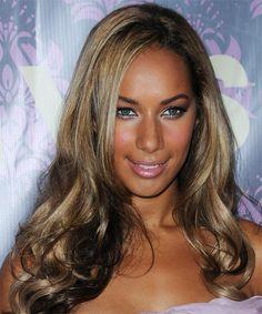 Leona Lewis Long Wavy Hairstyle