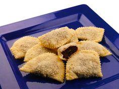 I cagionetti sono tra i più diffusi e noti dolci tipici abruzzesi originari della zona del teramano, preparati in inverno nel periodo natalizio.